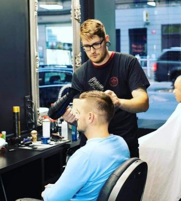Barber Pavel